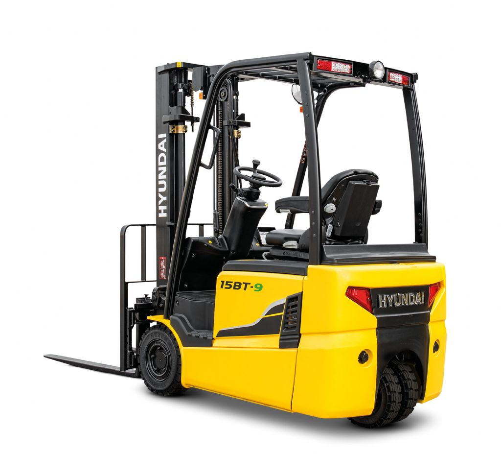 Hyundai 15BT-9 Electric 3-wheel forklift www.staplertechnik.at