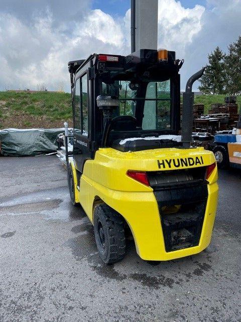 Hyundai 35D-9 Diesel Forklift www.staplertechnik.at