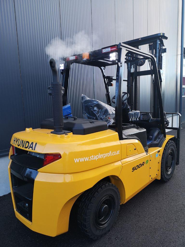 Hyundai 50DA-9 Diesel Forklift www.staplertechnik.at