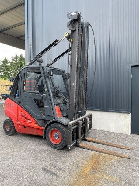 Linde H30D Dieselstapler www.staplerprofi.co.at