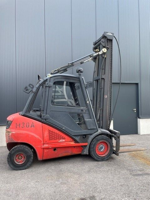 Linde H30DA Dieselstapler www.staplerprofi.co.at