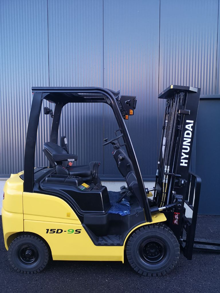 Hyundai 15D-9S Dieselstapler www.staplerprofi.co.at