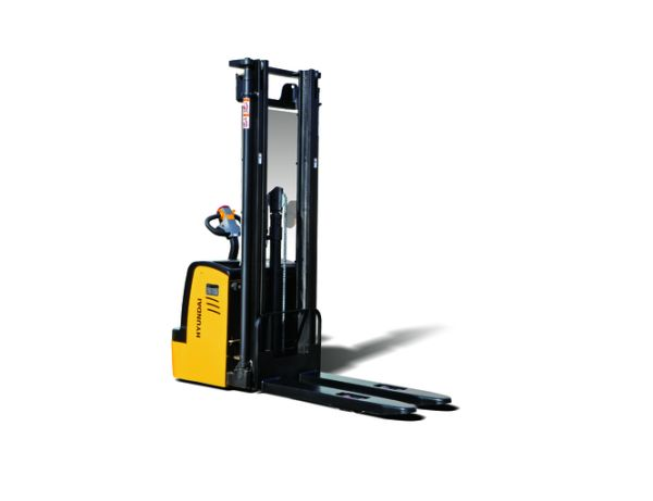 Hyundai 12ES High Lift stacker www.staplertechnik.at