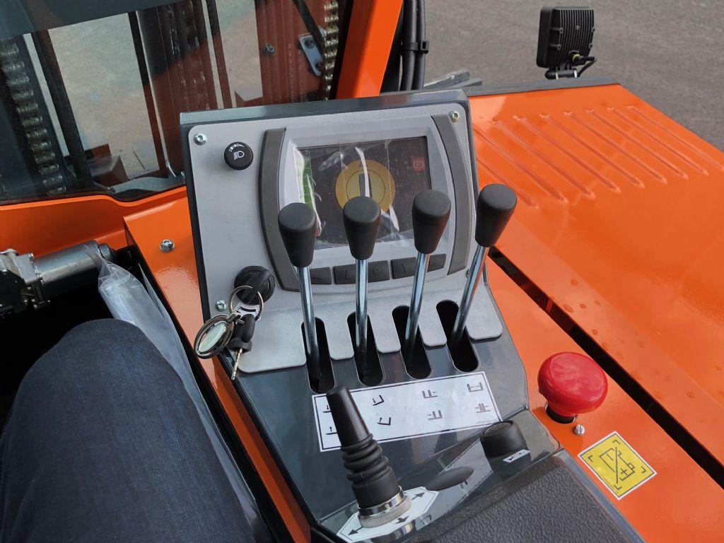 Combilift-C3000CBE-Mehrwegestapler-www.sta-tech.de