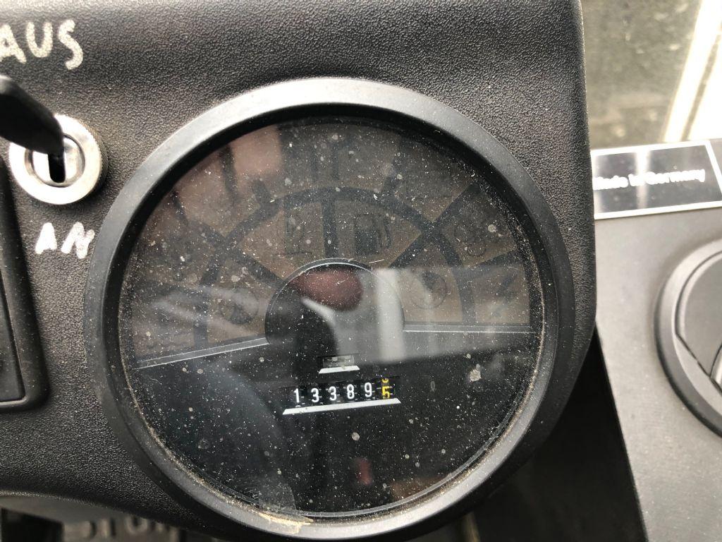 Linde-H80D-03-Dieselstapler-www.sta-tech.de