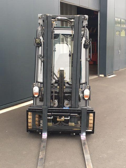 Linde-E20L-01-Elektro 3 Rad-Stapler-www.sta-tech.de