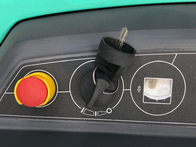 Mitsubishi-SBP12N2-Hochhubwagen-www.sta-tech.de