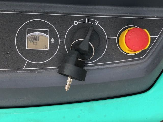 Mitsubishi-SBP16N2-Hochhubwagen-www.sta-tech.de