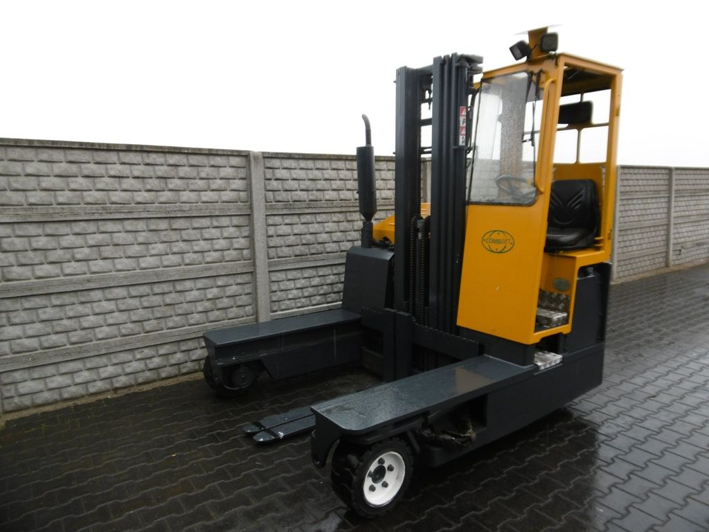 Combilift C3000 Four-way side loader www.superlift-forklift.com
