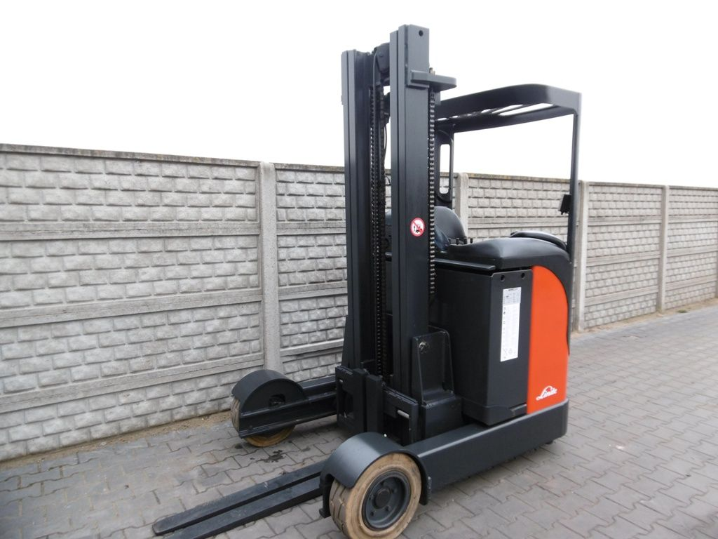 Linde R16G-12 NEW BATTERY Reach Truck www.superlift-forklift.com
