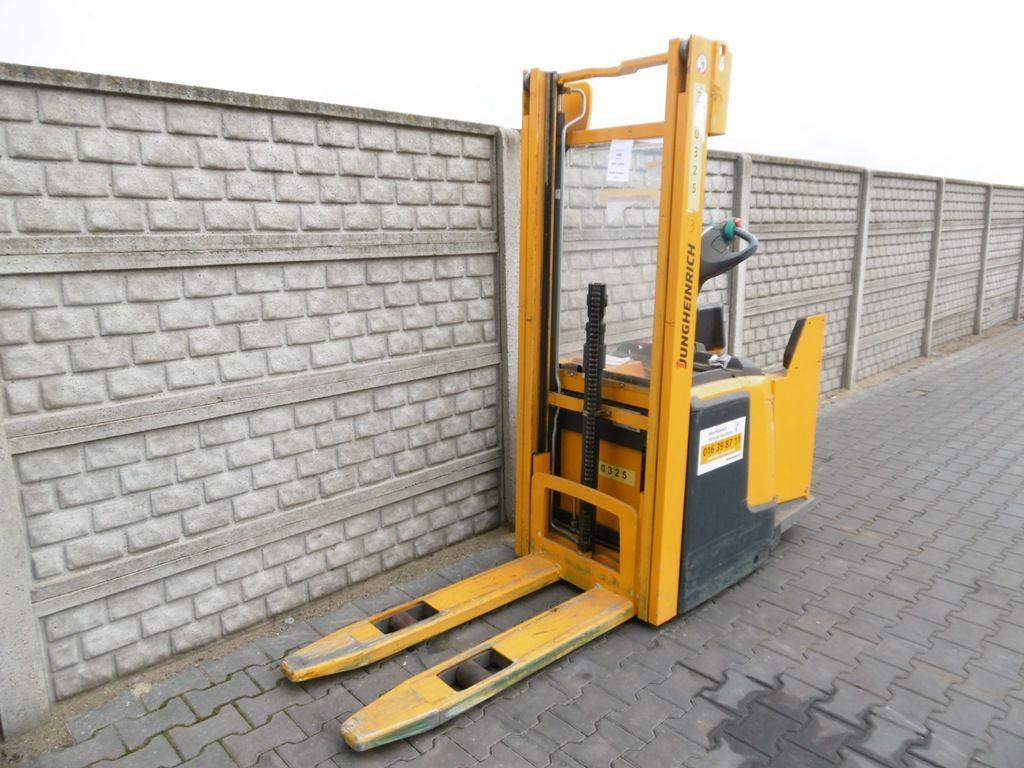 Jungheinrich ERC216 High Lift stacker www.superlift-forklift.com