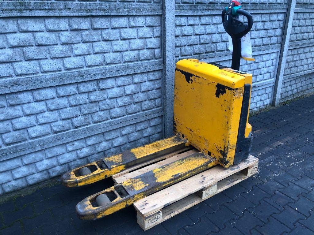 Jungheinrich EJE112i Electric Pallet Truck www.superlift-forklift.com