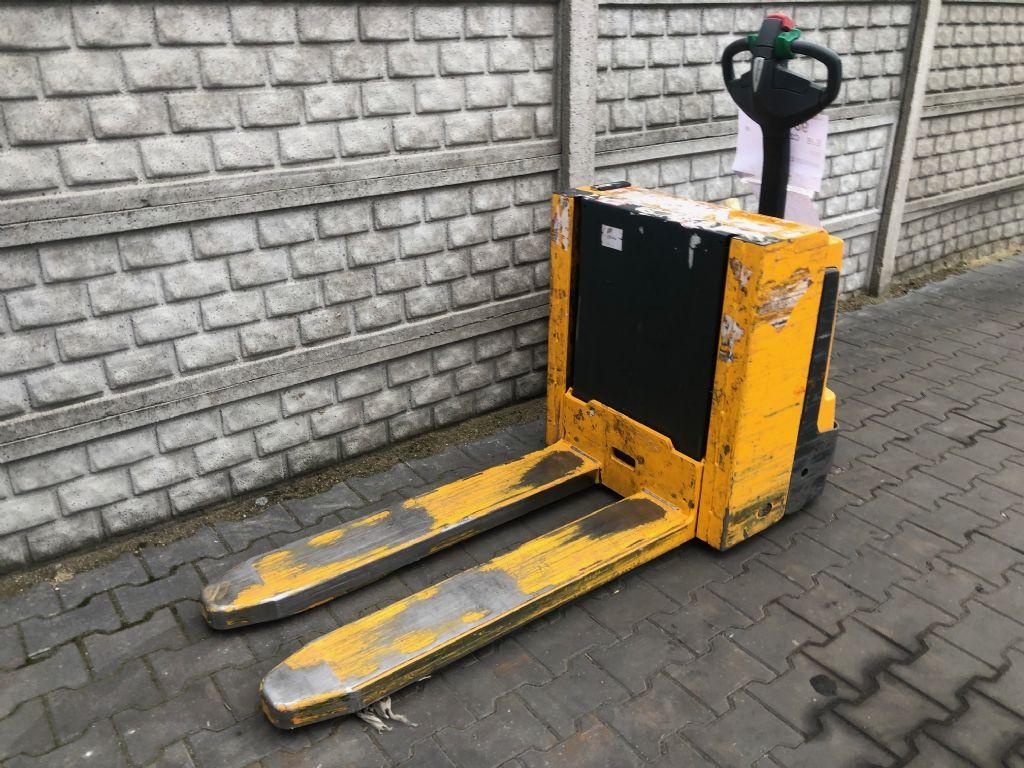 Jungheinrich EJEC20 Electric Pallet Truck www.superlift-forklift.com