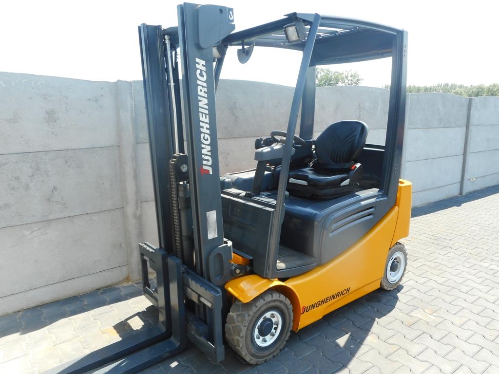 Jungheinrich EFG316K Electric 3-wheel forklift www.superlift-forklift.com
