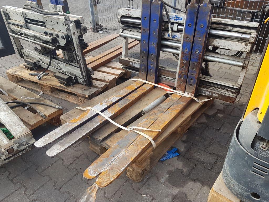 Cascade 25G-FDS-A501R9 Multi-pallet handler 2/1 profile type www.superlift-forklift.com