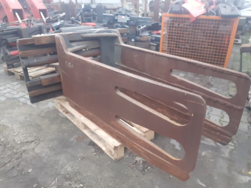 Kaup 3T413 Bale clamps www.superlift-forklift.com