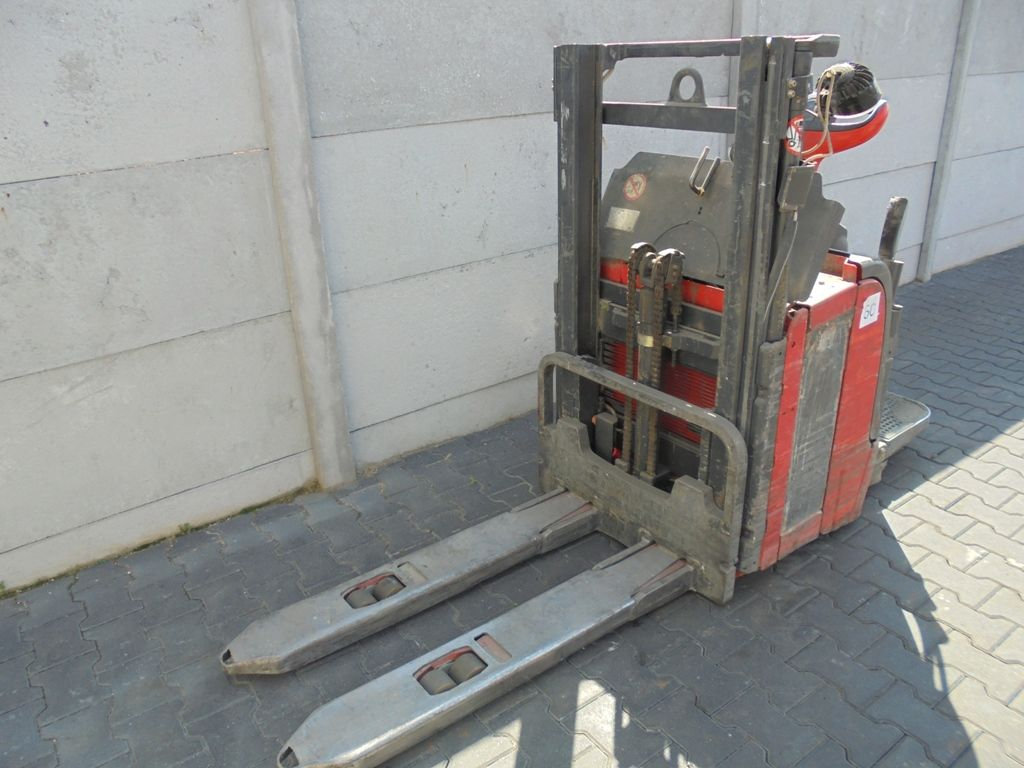Linde L16 High Lift stacker www.superlift-forklift.com