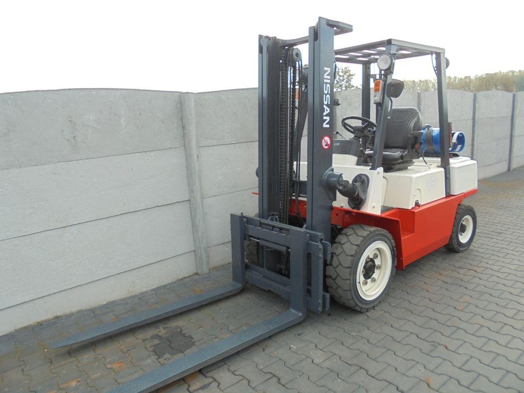 Nissan UGJ02A30U  LPG Forklifts www.superlift-forklift.com