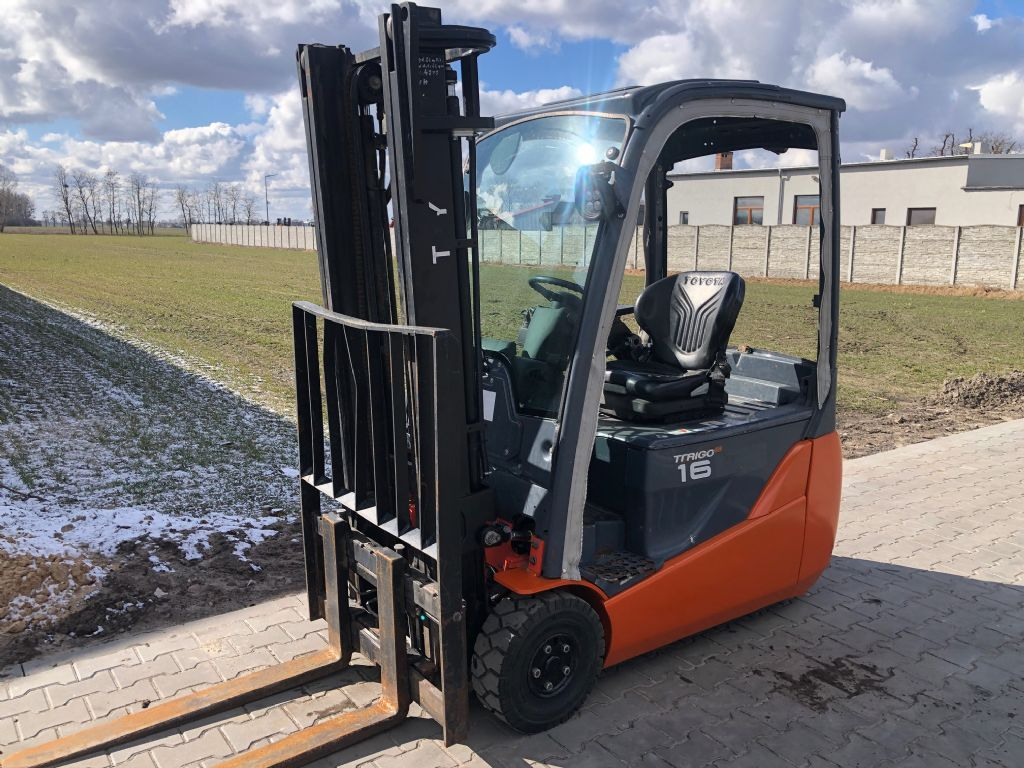 Toyota 8FBET16 Electric 3-wheel forklift www.superlift-forklift.com