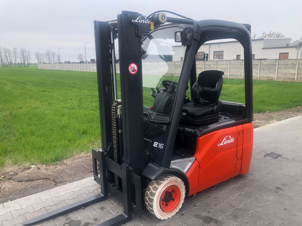 Linde E16-00 Electric 3-wheel forklift www.superlift-forklift.com