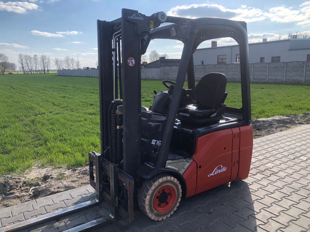 Linde E16C-01 Electric 3-wheel forklift www.superlift-forklift.com