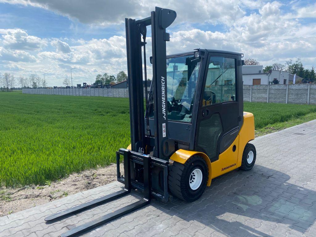 Jungheinrich DFG430s Diesel Forklift www.superlift-forklift.com