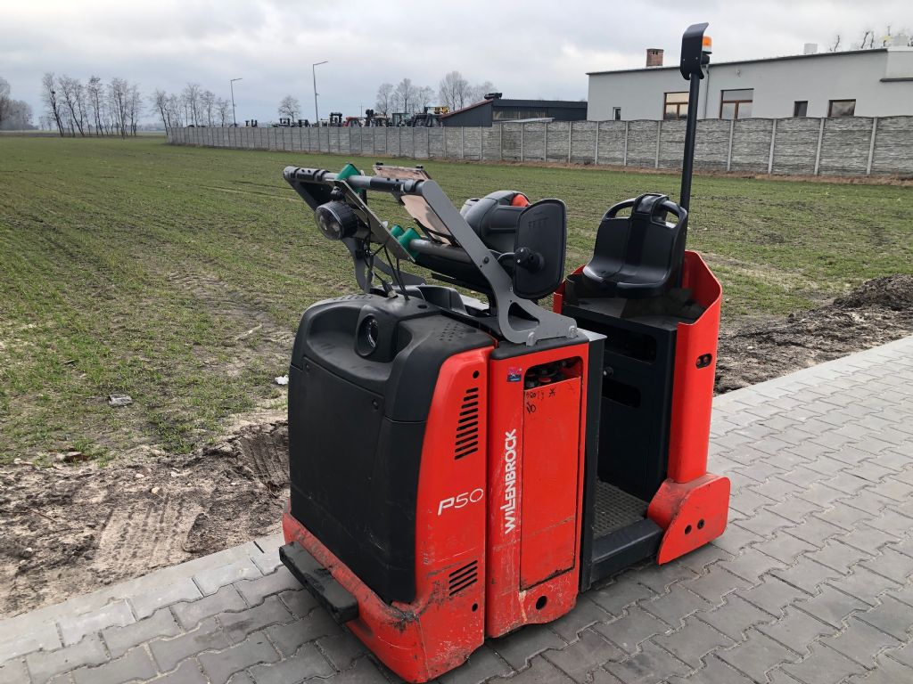 Linde P30C Tow Tractor www.superlift-forklift.com