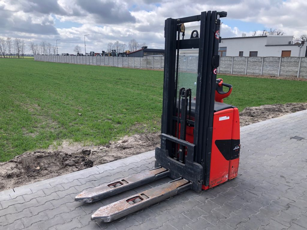Linde L14 High Lift stacker www.superlift-forklift.com