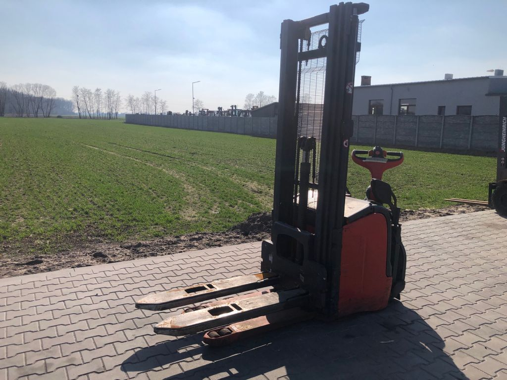 Linde L14AP High Lift stacker www.superlift-forklift.com