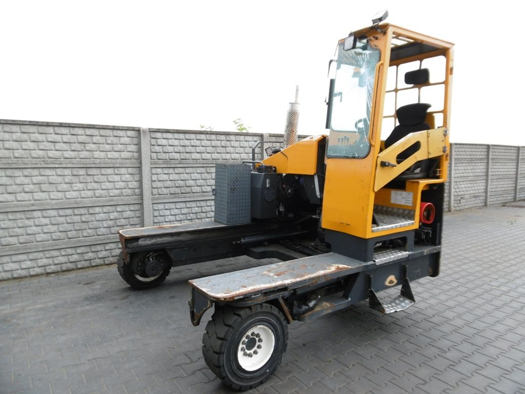 Combilift C5000XL Four-way side loader www.superlift-forklift.com