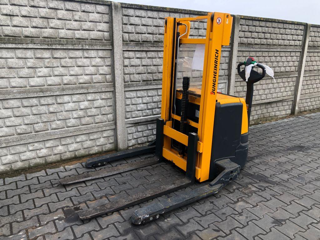 Jungheinrich EJCB16 Electric Pallet Truck www.superlift-forklift.com