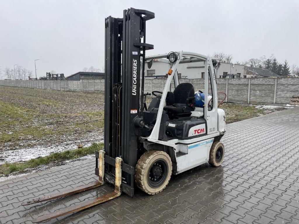 Kalmar DCE150-12 Diesel Forklift www.superlift-forklift.com