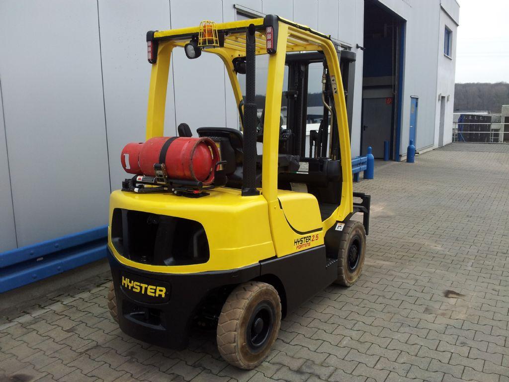 Hyster-H2.50FT-Treibgasstapler-www.terbrueggen-gmbh.de