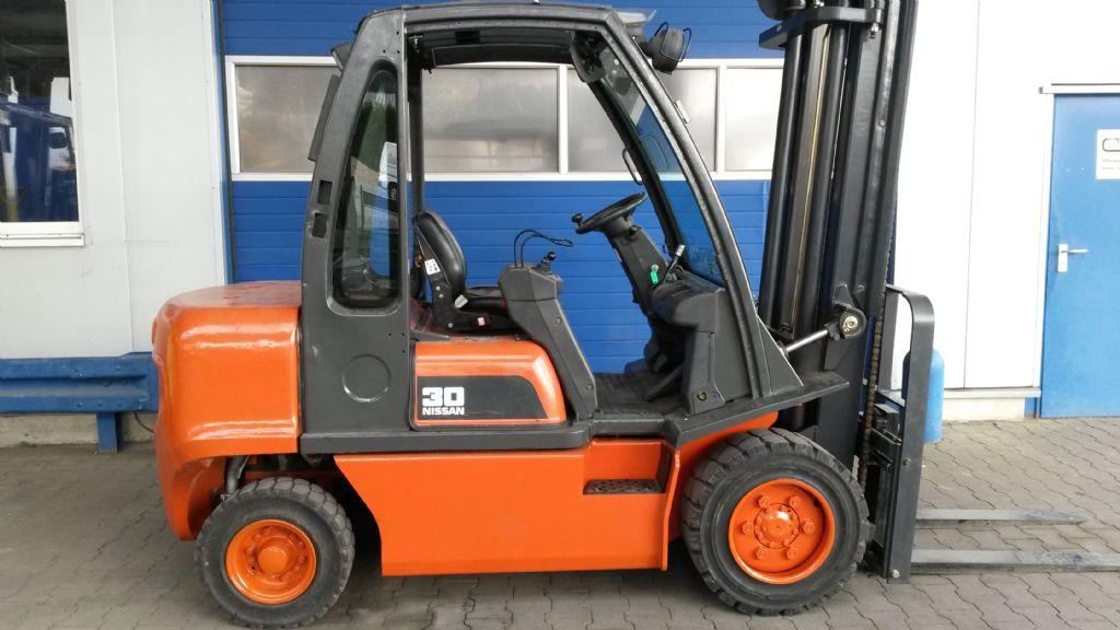 Nissan-FGD02A32Q-Dieselstapler-www.terbrueggen-gmbh.de