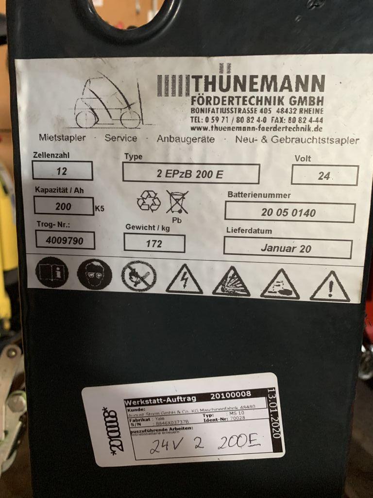 *Sonstige 2 EPzB 200E Antriebsbatterie www.thuenemann-stapler.de