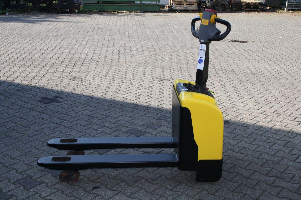 Hyster PC1.4 Deichselstapler www.thuenemann-stapler.de