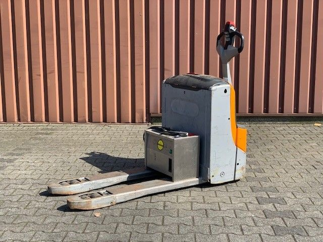 Still EXU16 Deichselstapler www.thuenemann-stapler.de