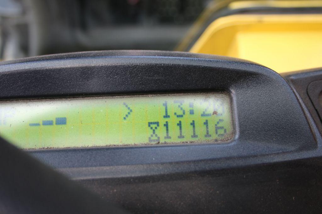 Hyster S7.0FT-G Kompaktstapler - Treibgas www.thuenemann-stapler.de