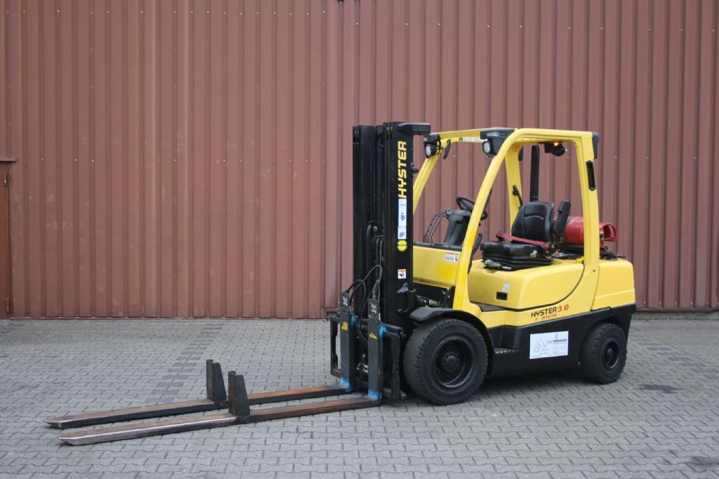 Hyster H3.0FT-G Treibgasstapler www.thuenemann-stapler.de