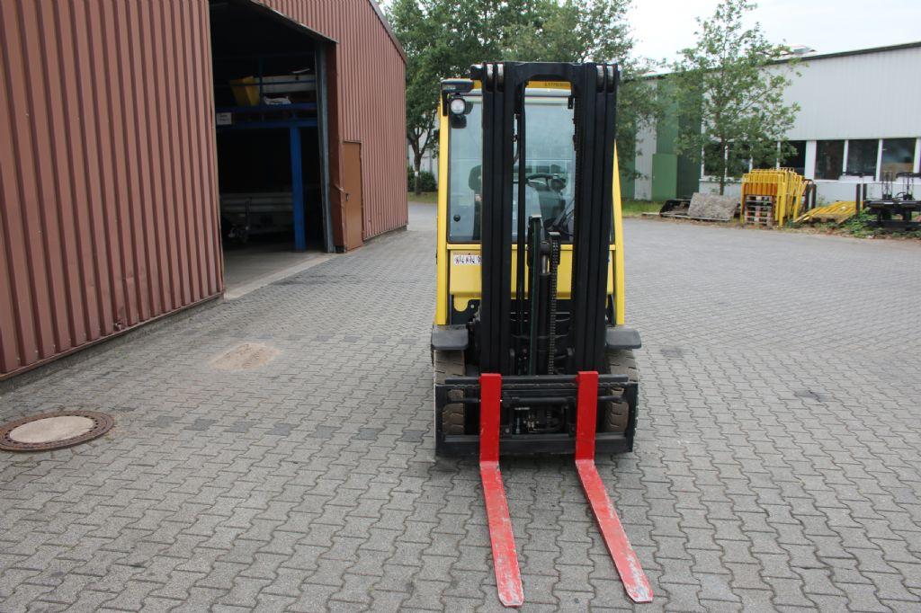 Hyster H2.5 FT Treibgasstapler www.thuenemann-stapler.de