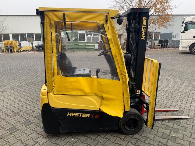 Hyster J1.8XNT MWB Elektro 3 Rad-Stapler www.thuenemann-stapler.de