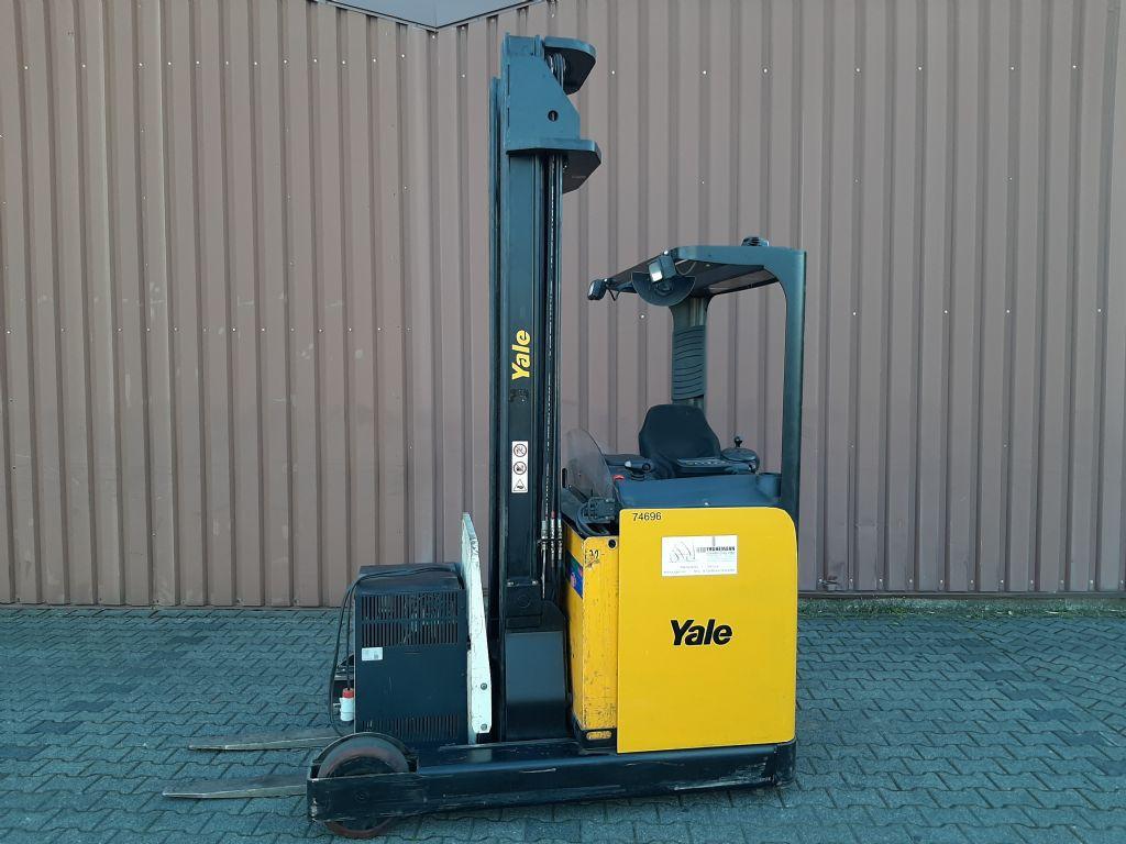 Yale MR20H Schubmaststapler www.thuenemann-stapler.de