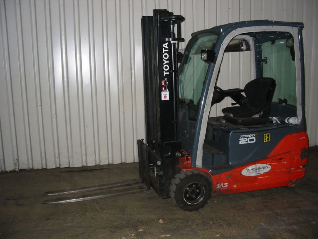 Toyota 8FBET20 Elektro 3 Rad-Stapler www.timmermanns.com