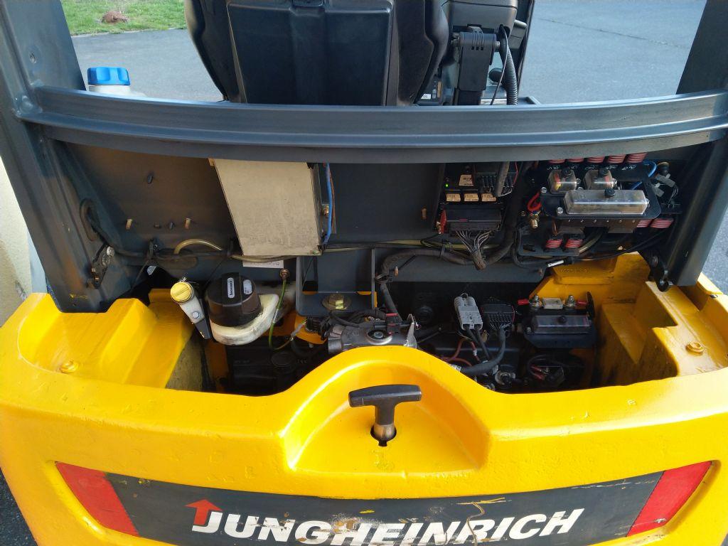 Jungheinrich-EFG 316k-Elektro 4 Rad-Stapler-www.tojo-gabelstapler.de