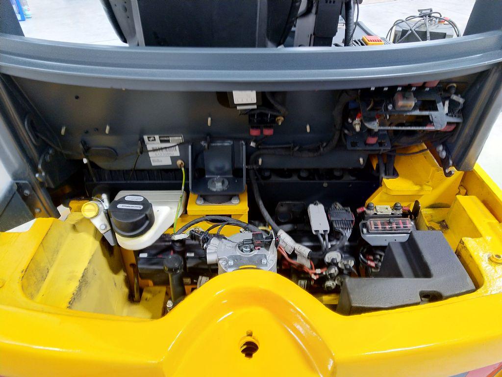 Jungheinrich-EFG 320 G+E100 480DZ-Elektro 4 Rad-Stapler-www.tojo-gabelstapler.de