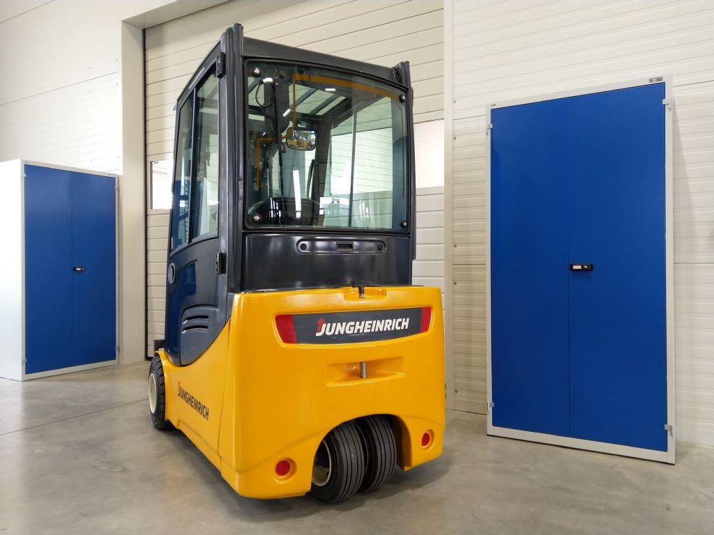 Jungheinrich-EFG 218 GE115-450DZ-Elektro 3 Rad-Stapler-www.tojo-gabelstapler.de