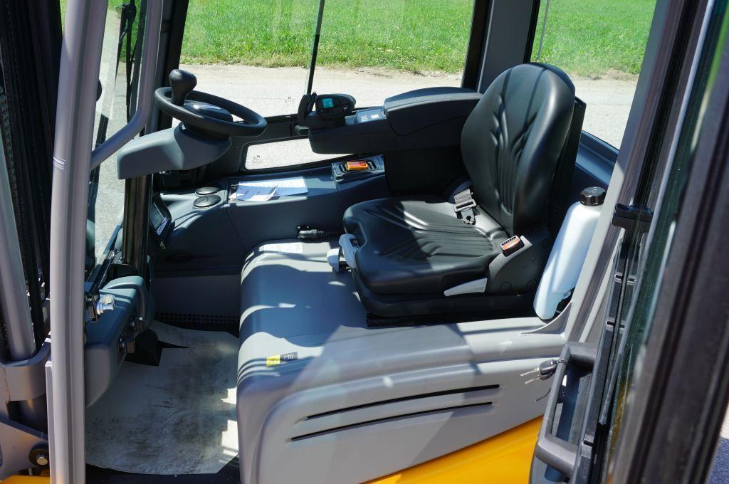 Jungheinrich-EFG 220 GE120-500DZ-Elektro 3 Rad-Stapler-www.tojo-gabelstapler.de