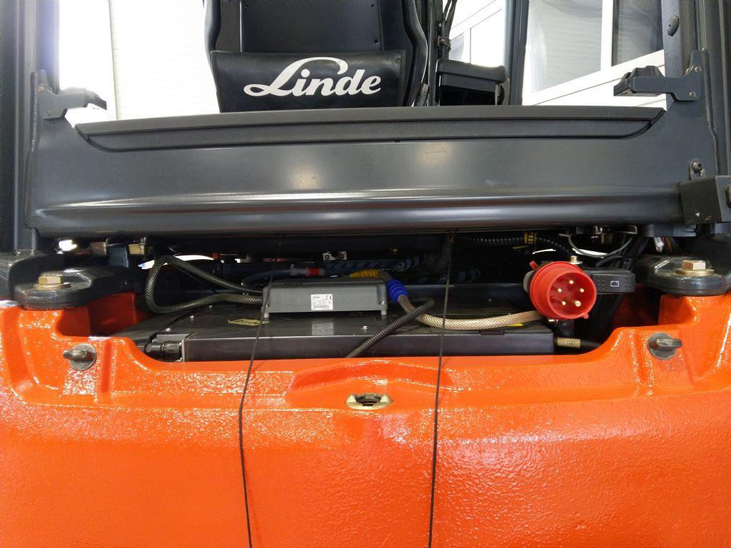 Linde-E 20 PL-01-Elektro 4 Rad-Stapler-www.tojo-gabelstapler.de