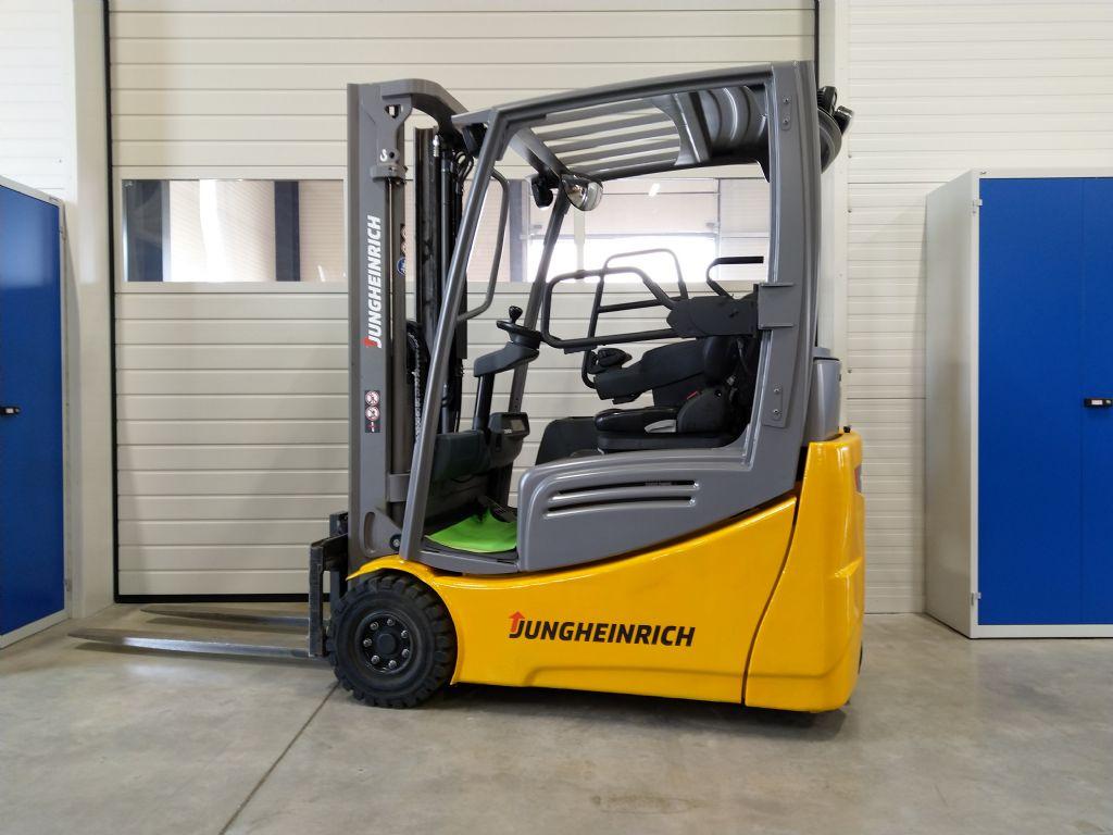 Jungheinrich-EFG 216k GE 120-330ZZ-Elektro 3 Rad-Stapler-www.tojo-gabelstapler.de