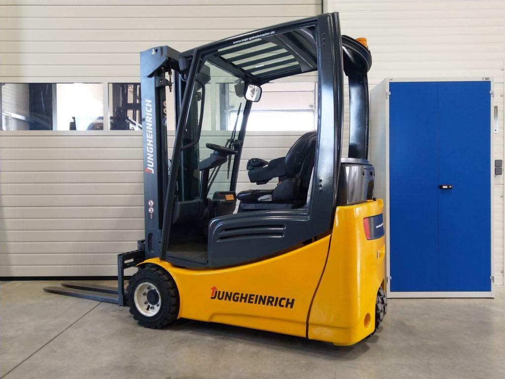 Jungheinrich-EFG 218k GE120-480DZ-Elektro 3 Rad-Stapler-www.tojo-gabelstapler.de